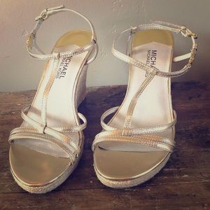 Michael Kors Gold Metallic Strappy Sandals Size 8